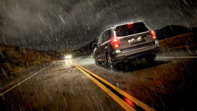 Οδηγώντας στην βροχή