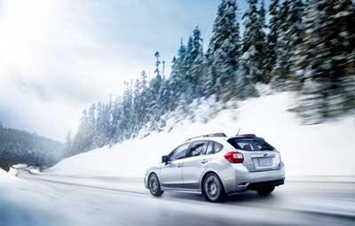 Οδηγώντας στο χιόνι και στον πάγο