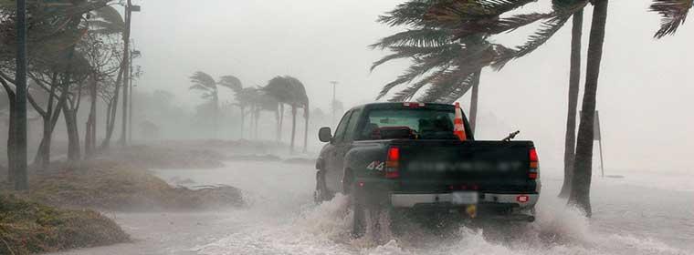 Οδηγώντας με δυνατούς ανέμους