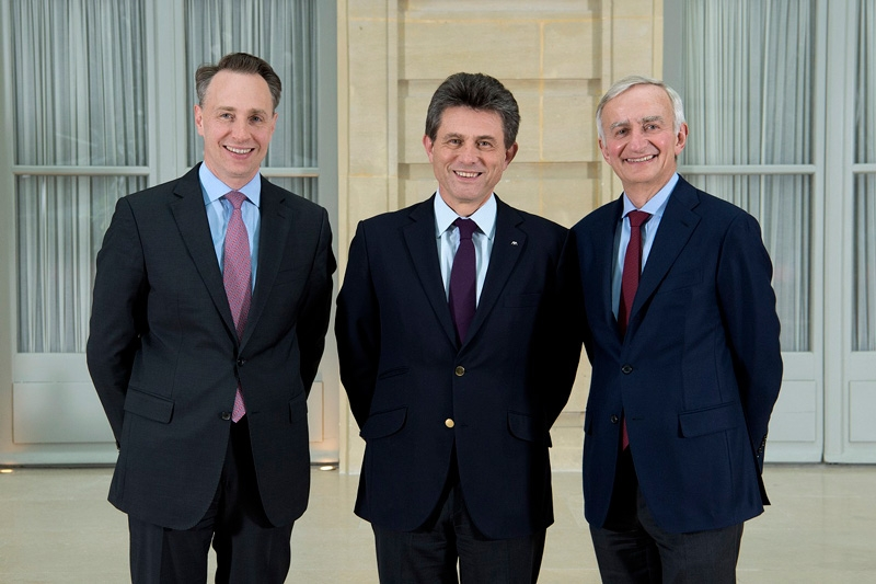 Henri de Castries, Chairman and Chief Executive Officer of AXA, has decided to retire on September 1st, 2016