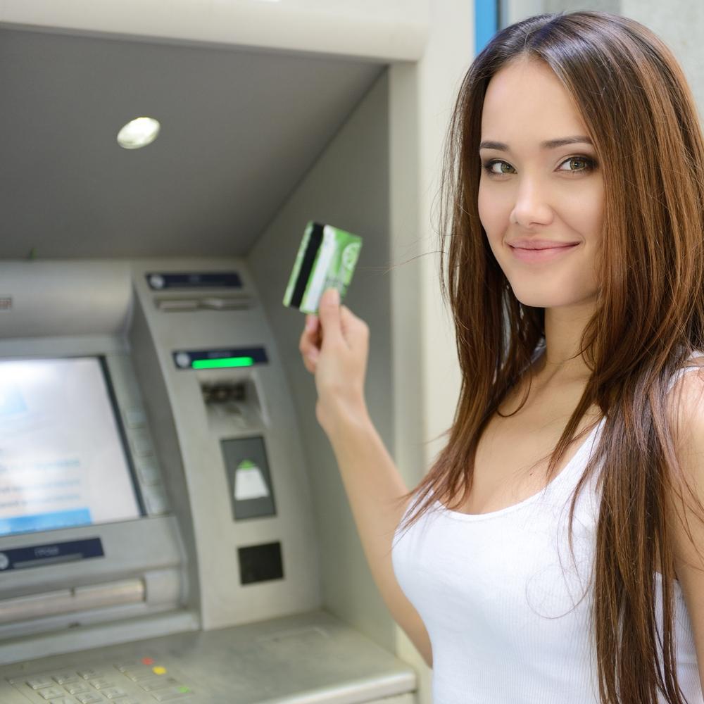 Νέος οδηγός για τις συναλλαγές από την Ελληνική Ένωση Τραπεζών