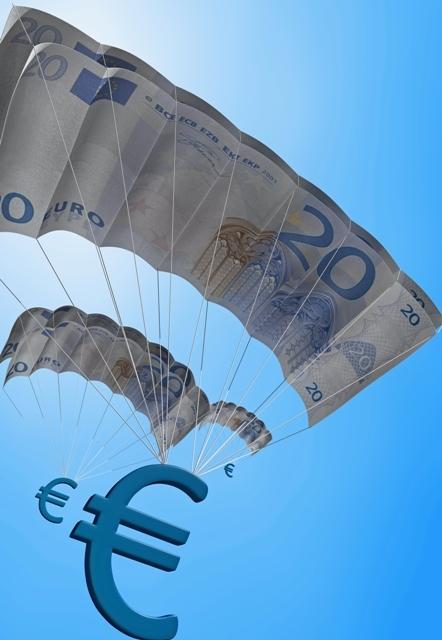 Η αδυναμία του δολαρίου ισχύς του ευρώ