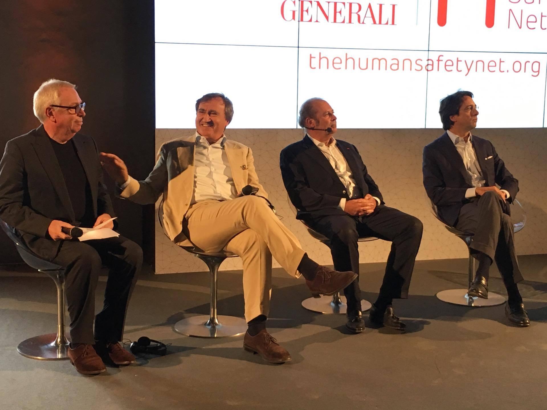 Από αριστερά οι κ.κ. David Chipperfield, ο ιδρυτής της David Chipperfield Architects, ο Luigi Brugnaro, Δήμαρχος της Βενετίας, Philippe Donnet, Διευθύνων Σύμβουλος Ομίλου Generali και Simone Bemporad, Διευθυντής Επικοινωνίας και Δημοσίων Σχέσεων Ομίλου Generali