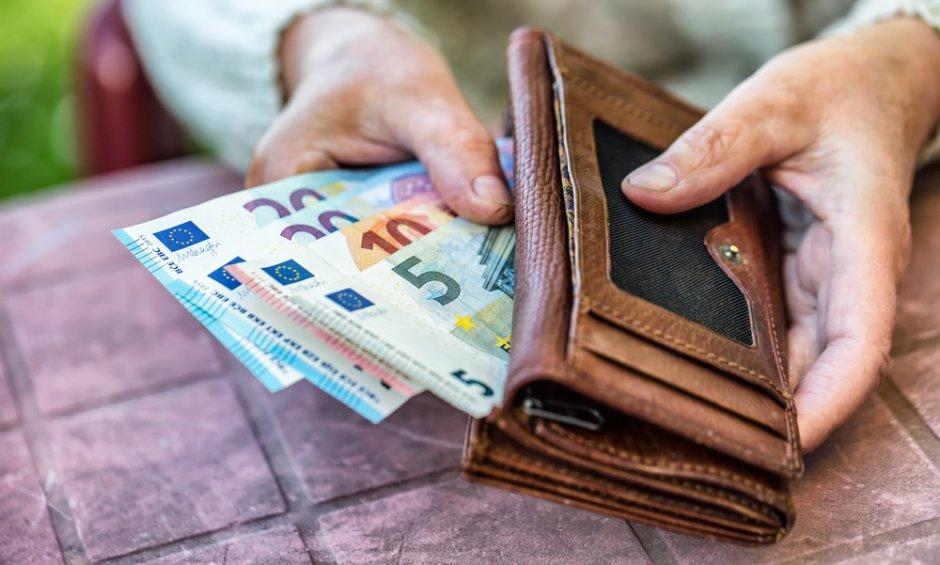 Εως 45.000 μπορούν να διεκδικήσουν οι συνταξιούχοι από την επιστροφή των παράνομων παρακρατήσεων!